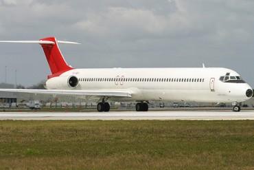 McDonnell Douglas MD82